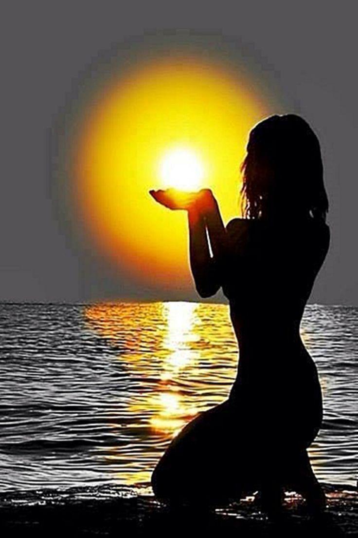 22c79277070ea534848edef95c4f1e3d--sun-moon-silhouettes